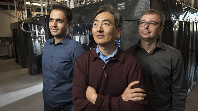 Iman Marvian, Jungsang Kim, Kenneth Brown in Kim's lab